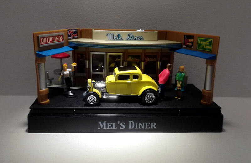 Ford 1932 Rod (Motor Max) Moments in time (Mel's Diner) 02