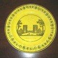 Manufacture de montereau: assiette à fond jaune