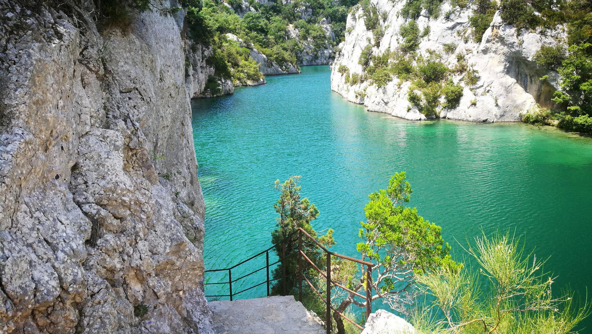 Quinson, basses gorges du Verdon, sentier (04)
