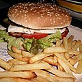 Burger au lard et a l oeuf