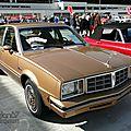 Pontiac phoenix lj hatchback sedan-1980