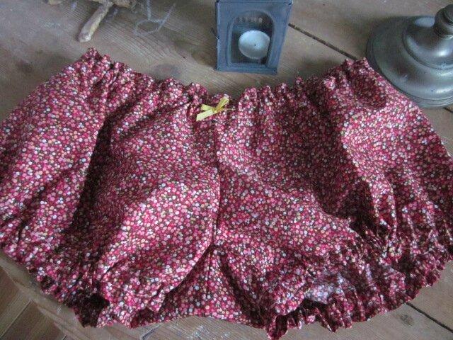 Culotte BIANCA en coton fleuri rouge - noued jaune (3)