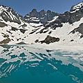 Lac blanc: la glace et le miroir