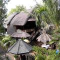 Hôtel AMED CAFE: Notre bungalow en bord de mer, un grenier à riz