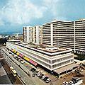 """Saint-Etienne, le centre commercial et le quartier """"Centre 2″"""