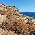 Monemvasia, la cité Byzantine vue du sentier