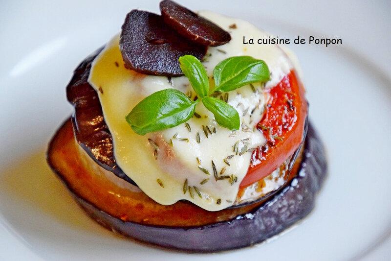 petite tour d'aubergine tomate oignon (11)