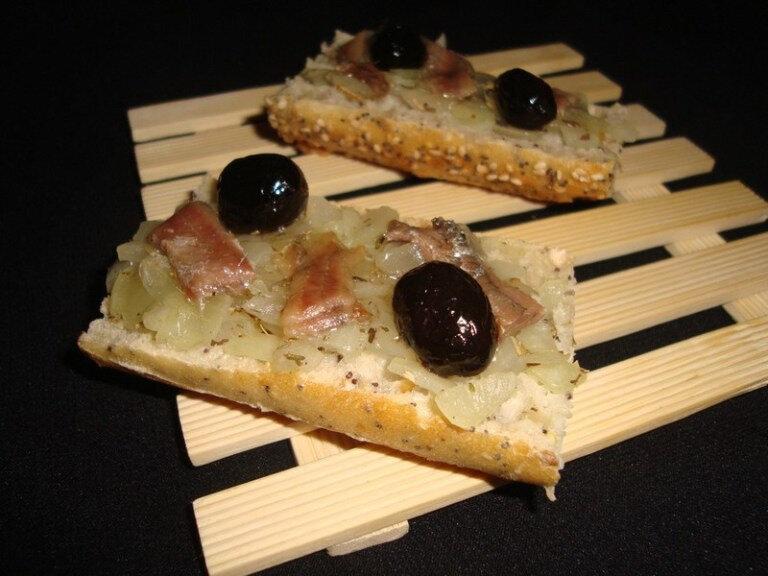 Baguette-pissaladiere