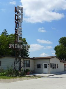 Motel Pioneer sign (768x1024)