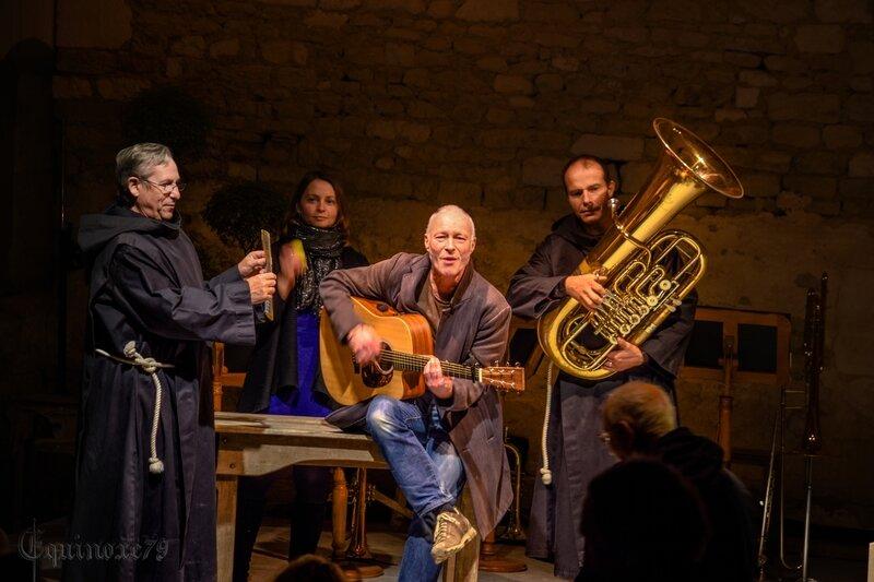Conte musical l homme de Noël à l'abbaye de Maillezais