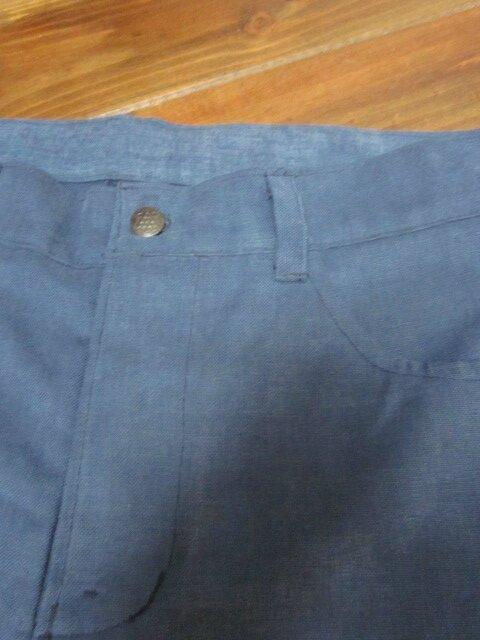 Bermuda HOMME en toile de coton velours bleu - fermeture à boutons - 4 poches (4)