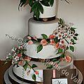 Wedding cake très fleuri.........le printemps arrive