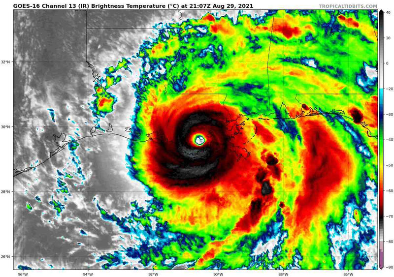 Hurricane_Ida_2021_brown_ocean_effect_loop (auteur author NASA 29 août 2021)