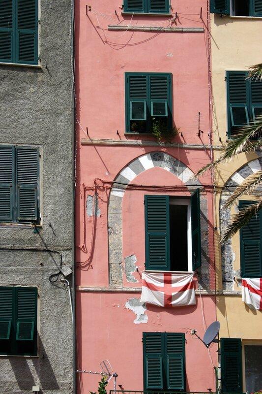 82-follow-me-white-rabbit-cinque-terre-italie-portovenere (15)