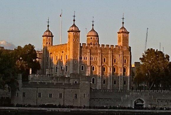 Tour-Londres