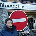 ALBAN VEUT RATER LA TELECABINE
