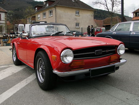 TRIUMPH TR6 Roadster 1969 1976 Bourse Echanges Autos Motos de Chatenois 2010 1