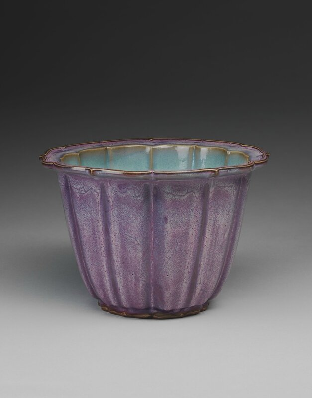 Lobed Flowerpot with Bracketed Foliate Rim, Ming dynasty, 1368-1644, probably 15th century, 1942