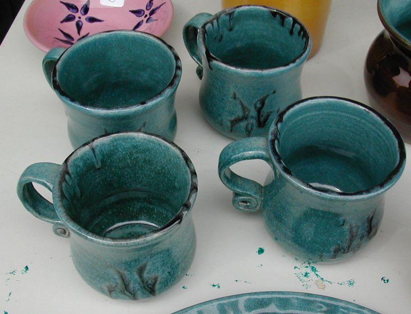 28-tasses turquoise & metal patine