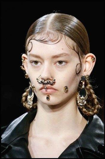anneaux de nez sans piercing - givenchy