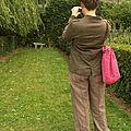 Elle voulait humer sa chloropyle...et photographier des bancs au bout d'une allée.