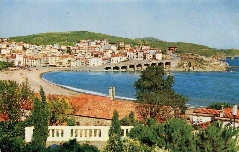 341 Vue panoramique sur la Rade, la Plage et la Ville 1964