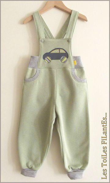 02-Ensemble gris vert amande salopette tee-shirt sweat sans manches1