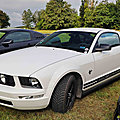 Ford Mustang V coupe_01 - 2017 [USA] HL_GF
