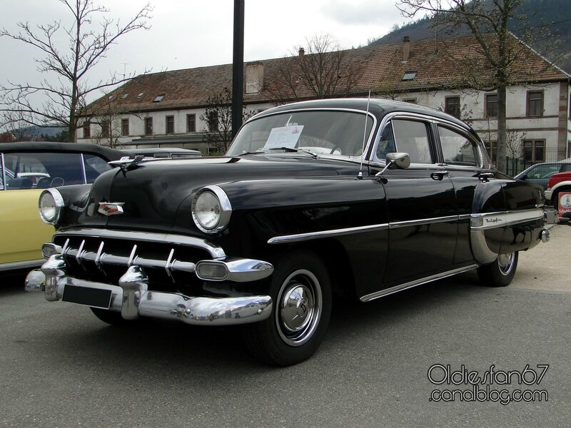 chevrolet-bel-air-sedan-1954-05