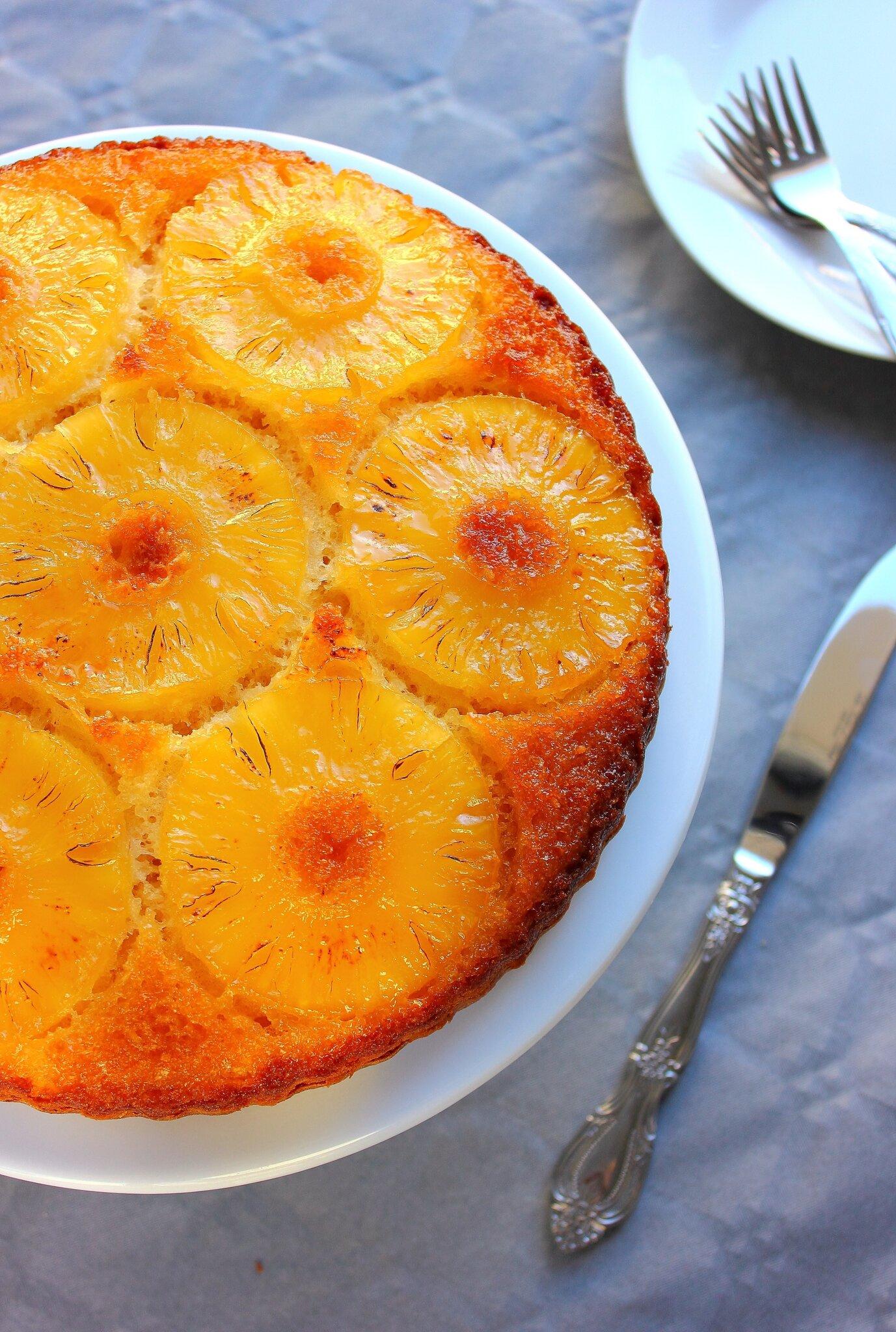 Gâteau renversé à l'ananas & noix de coco