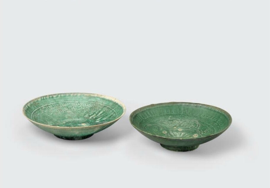 Two green glazed shallow bowls with impressed decoration and spur marks, Trần -Lê dynasties, 14th-15th century