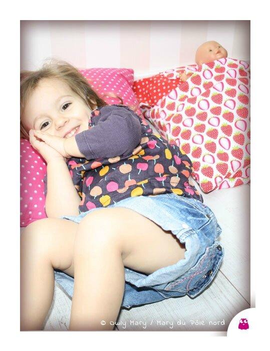 IMG_4696-owly-mary-du-pole-nord-oreiller-coussin-lit-poupee-doudou-jeu-jouet-enfant-tissu-fille-garcon-mixte-histoire-pyjama