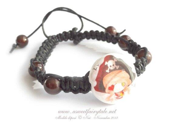 broche-bracelet-macrame-orne-d-une-perle-6195389-11-2013-bracele9fe8-e8810_570x0
