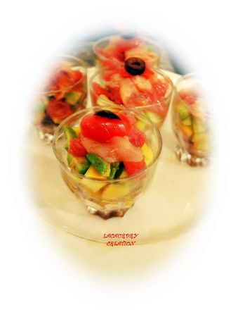 verrines saumon avocat mangue pamplemousse