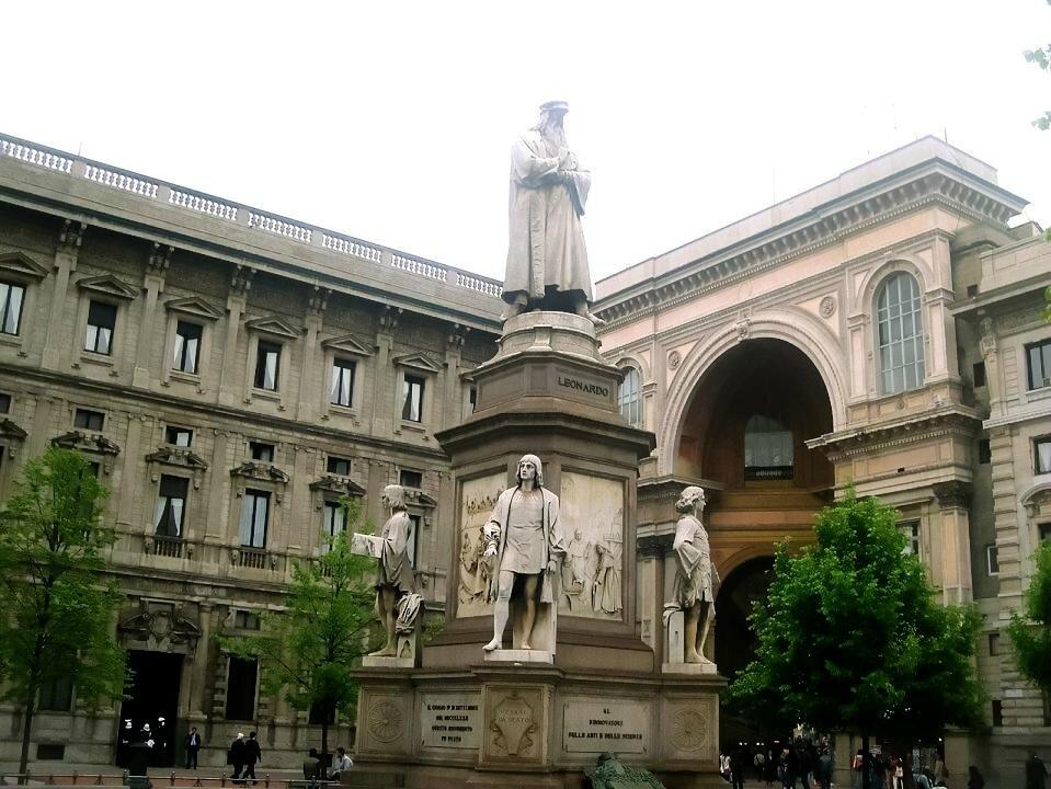 Milano 16