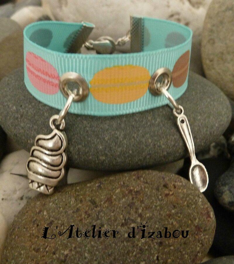 P1110395 Bracelet macaron, glace et cuillière, fermoir pression