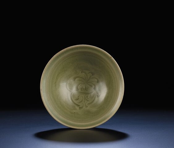 A carved 'Yaozhou' celadon bowl, Northern Song-Jin dynasty (960-1234)