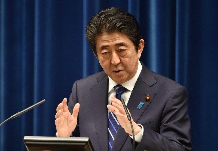 Le-Premier-ministre-japonais-Shinzo-Abe-lors-conference-presse-Tokyo-10-mars-2016_0_730_506