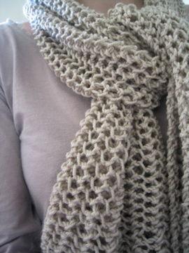 Echarpe tricot 13 d'avril
