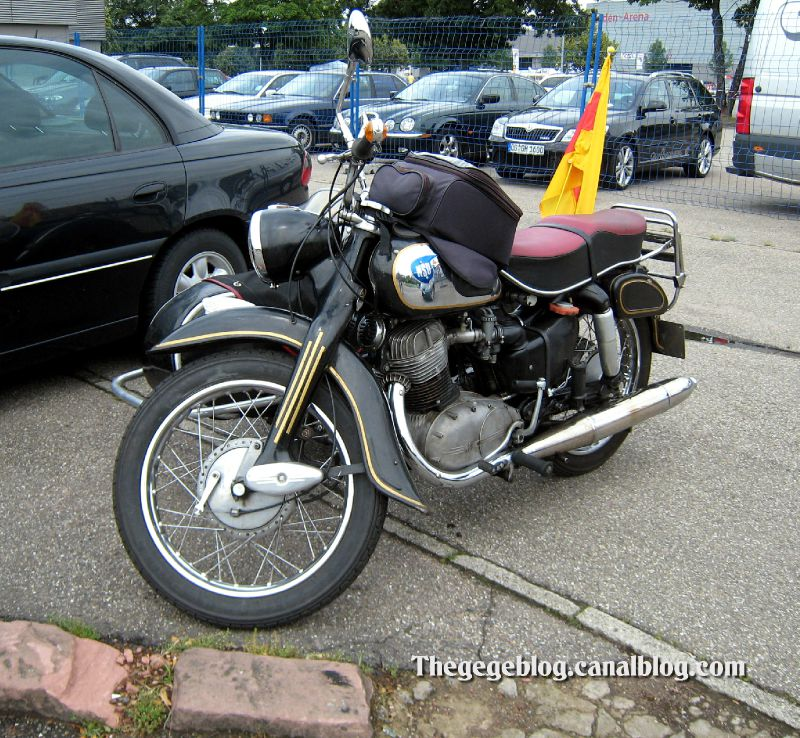 Nsu type MAX side-car de 1955 (RegioMotoClassica 2010) 01