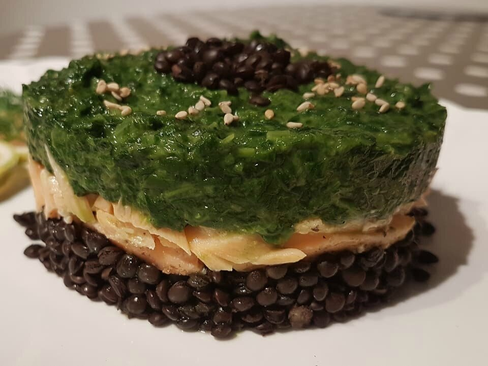 Lentilles Beluga (dites lentilles caviar) au Saumon et Epinards à la crème