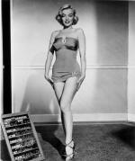1953-03-09-HTM-test_costume-travilla-mm-010-1