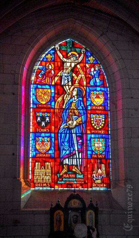 Sainte Jeanne D'Arc à prié dans cette église du 6 au 8 mars 1429 ( église Saint-Maurice de Chinon) (1)