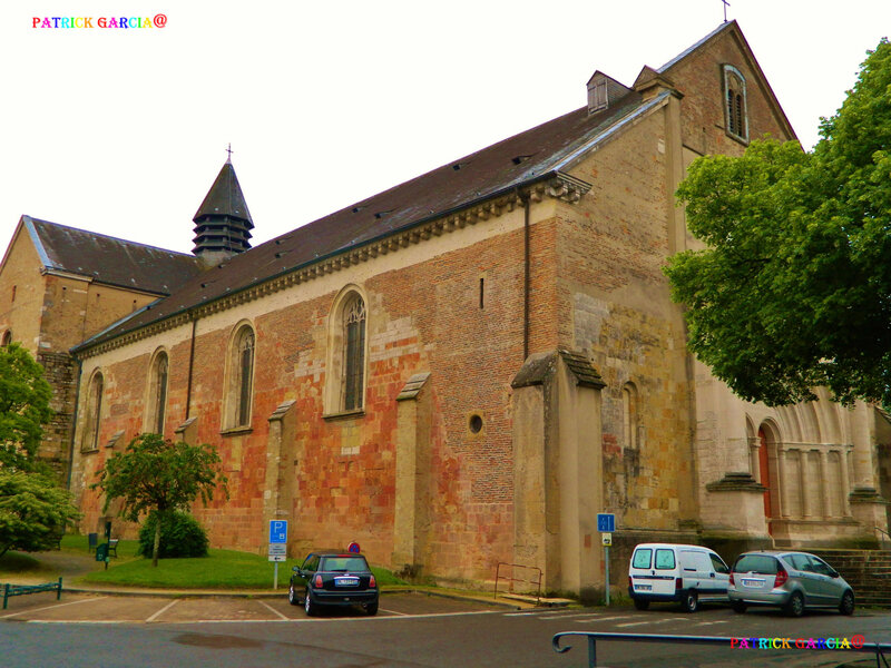 LESCAR-64-CATHEDRALE EXTERIEUR-940 copie