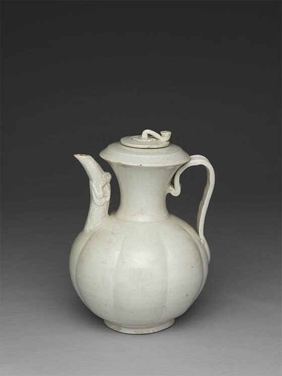Porcelain ewer with dragon mouth, Ding ware, Northern Song dynasty, 10th century