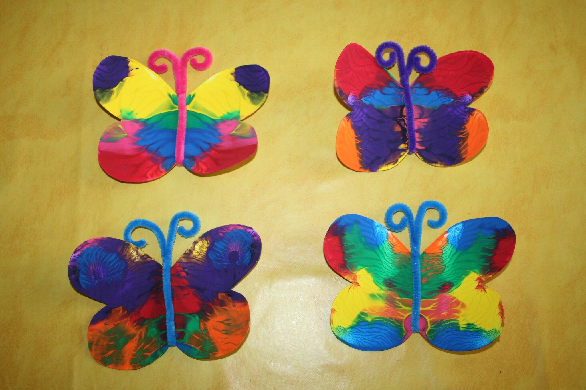 Papillon Peinture Avec Pliage Les Lutins Creatifs Bricolage Pour Enfants