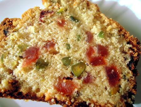 cake_aux_fraises_s_ch_es_et_aux_pistaches_011