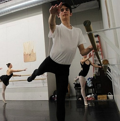 peter-linder-practices-ballet-at-the-academy-of-russian-ballet-2012