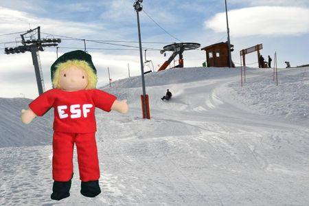 poupée moniteur ski 2