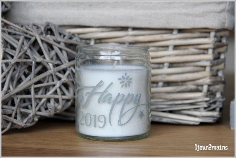 bougie 2019 happy